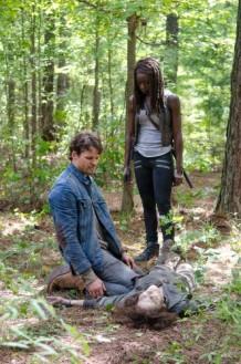 Danai Gurira as Michonne, Austin Nichols as Spencer Monroe, and Tovah Feldshuh as Deanna Monroe (Walker) - The Walking Dead _ Season 6, Episode 10 - Photo Credit: Gene Page/AMC