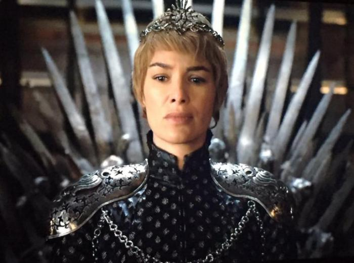 game-of-thrones-610-cersei-lannister-chair